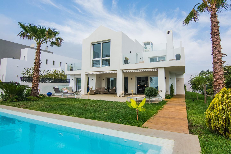 Increíble Villa de lujo en La Mairena, A ESTRENAR!!!!
