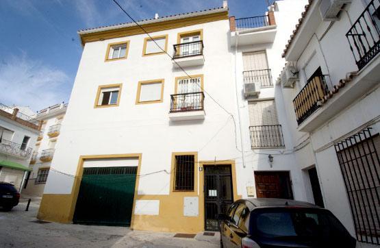 Piso en venta en Calle MARBELLA, Monda, Málaga