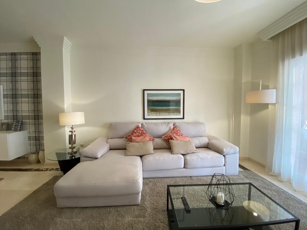 Apartamento en venta de 2 dormitorios en Marbella,Málaga