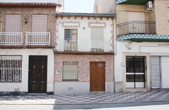 Piso en venta en  Pinos Puente, Granada