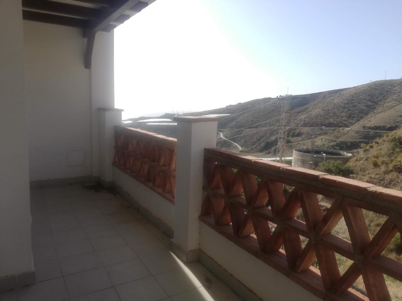 Vivienda de obra nueva en Polopos, Granada