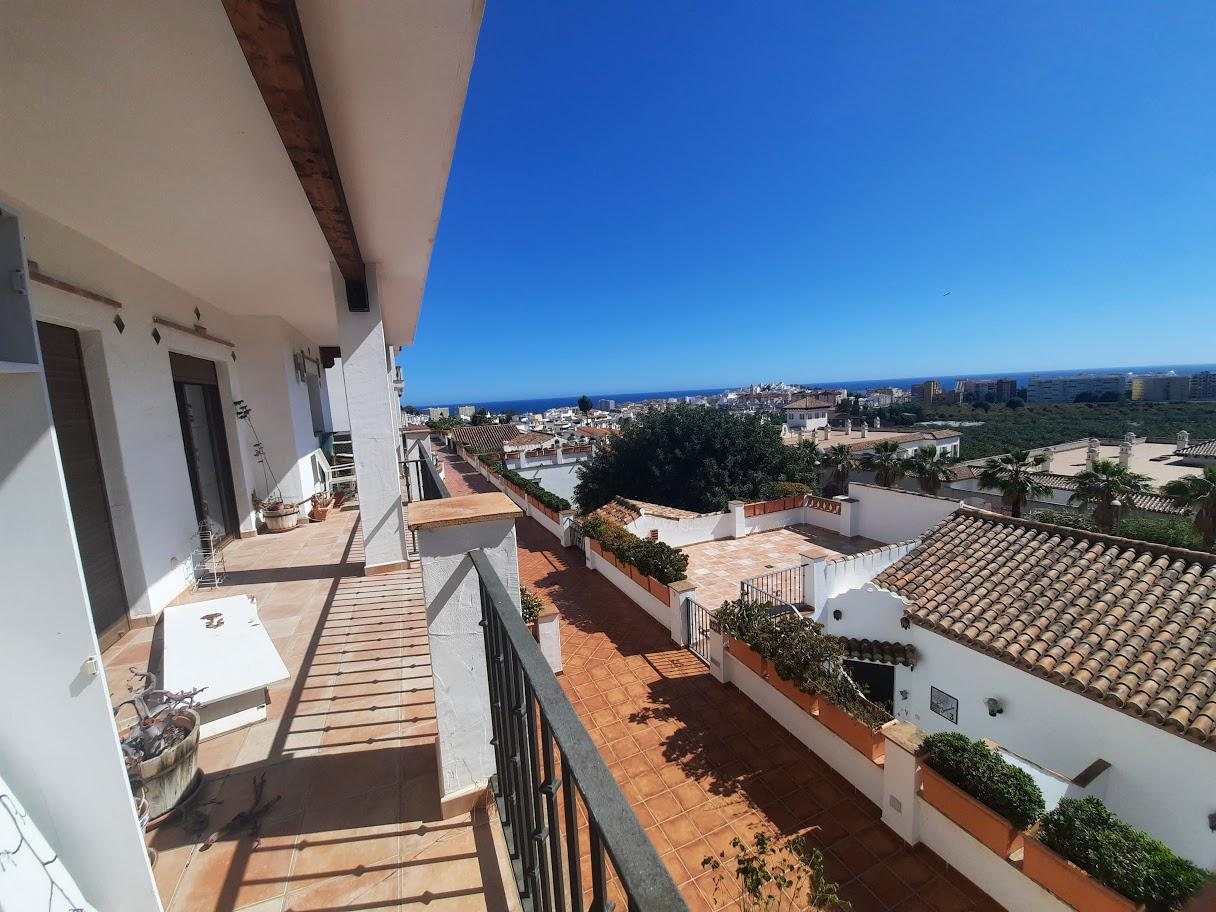 Casa en venta en Almuñécar, Granada.